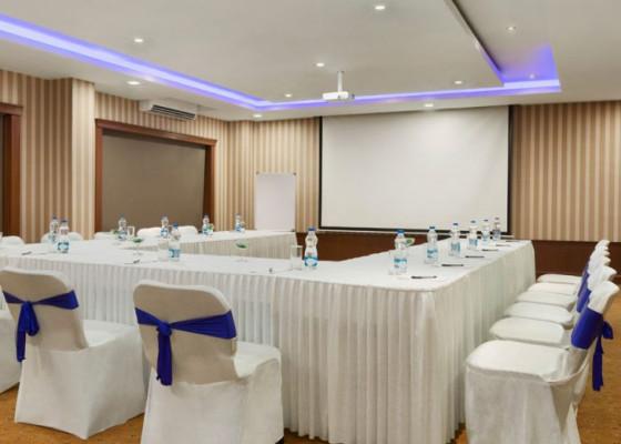 Ramada-Jamshedpur-Bistupur---Meeting-Room---Conclave