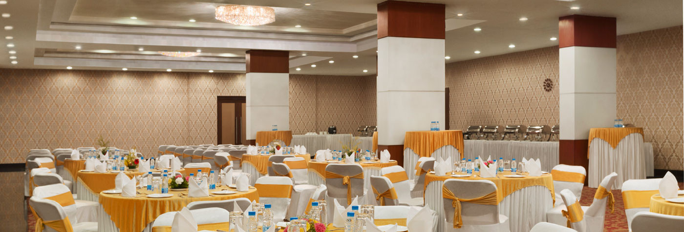 Spacious & comfortable spaces for your meetings & weddings