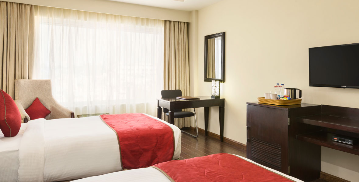Ramada-Jamshedpur-Bistupur--Executive-Twin-Bed-Room