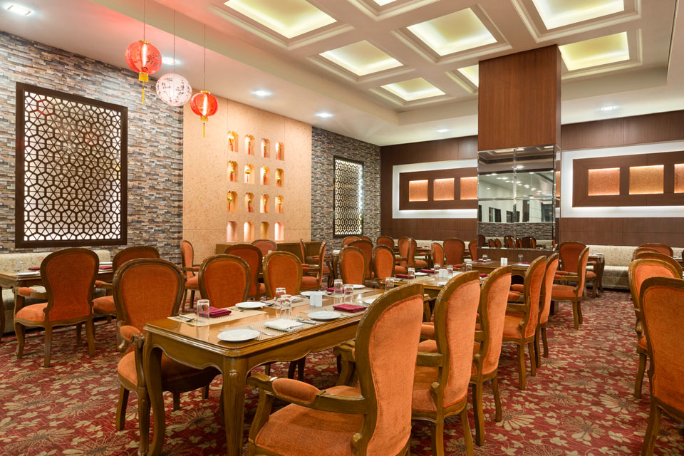 Ramada-Jamshedpur-Bistupur---Red-Earth-Restaurant